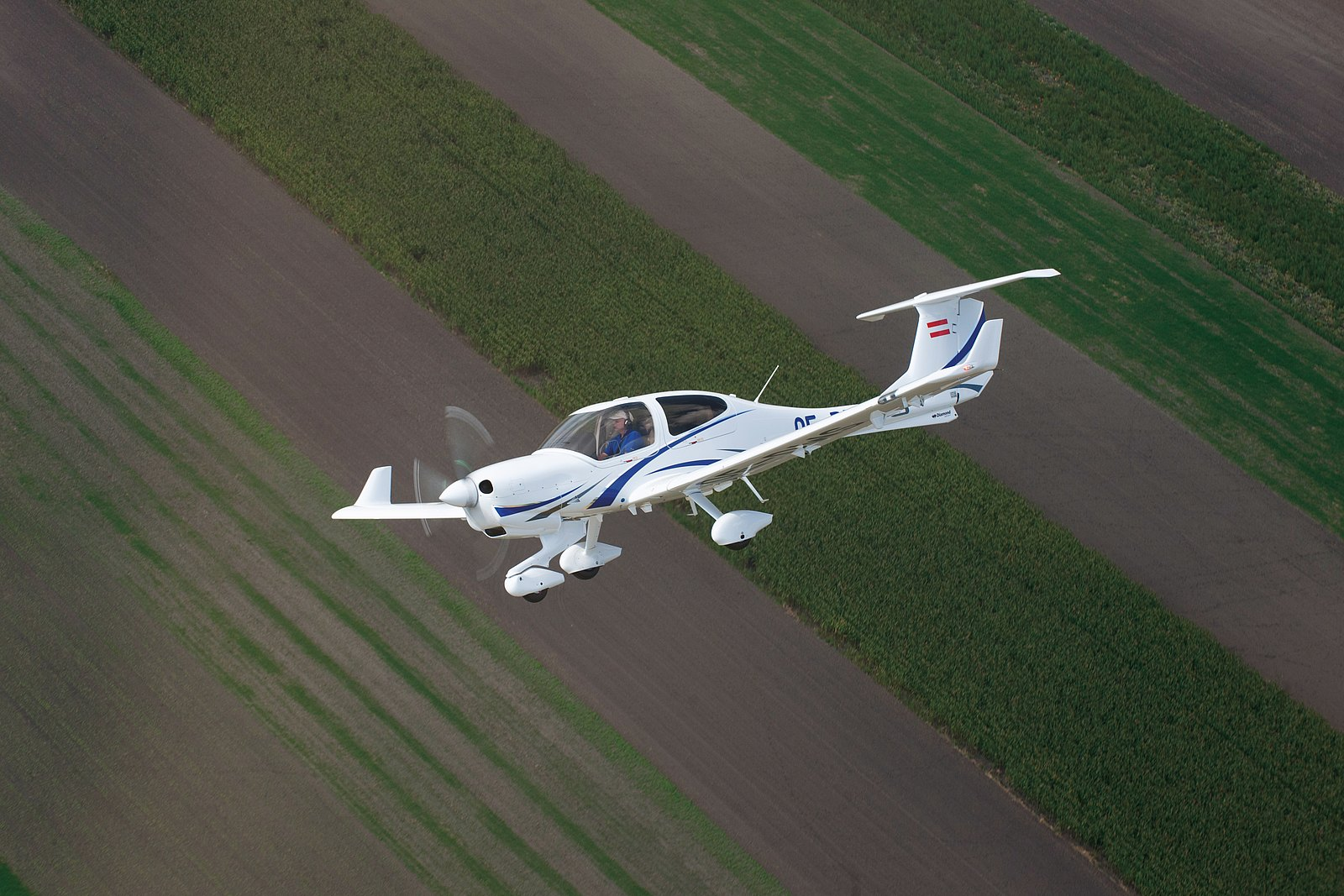 Airbaltictraining Orders Four Diamond Aircraft Diamond